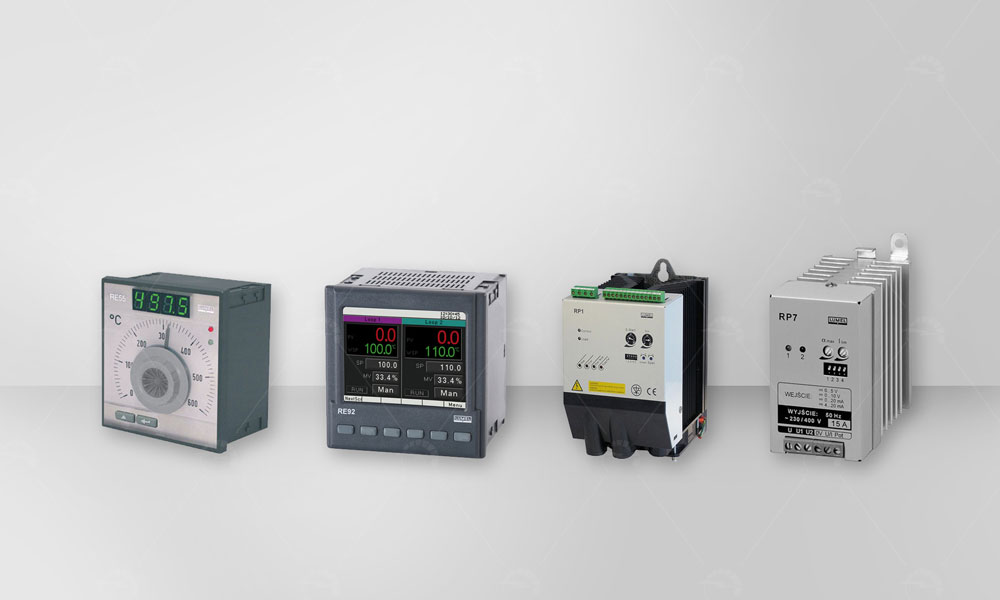 Industrial Temperature Controllers